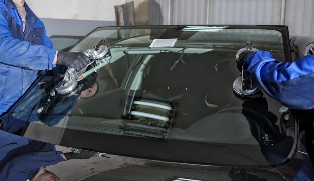 Монтаж лобового стекла своими руками 48